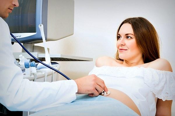 Беременная на обследовании